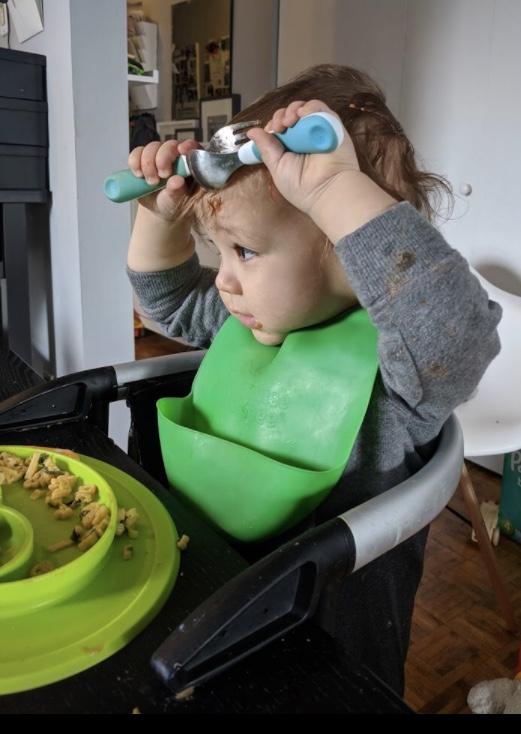 self feeding - Sweet Pea Therapy Ottawa